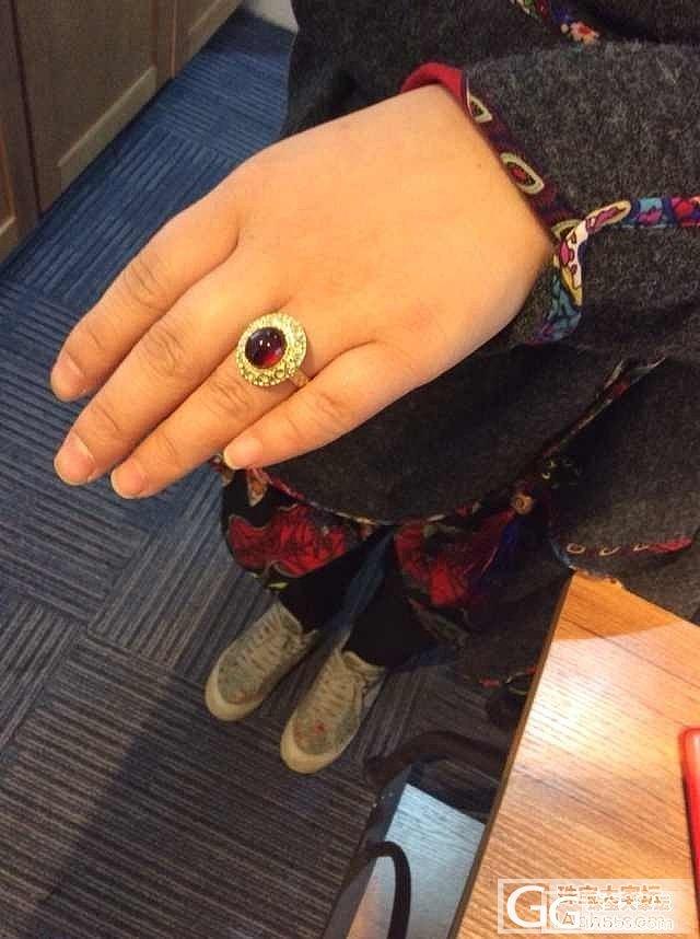 镶嵌的橙石榴石戒指~_石榴石刻面宝石