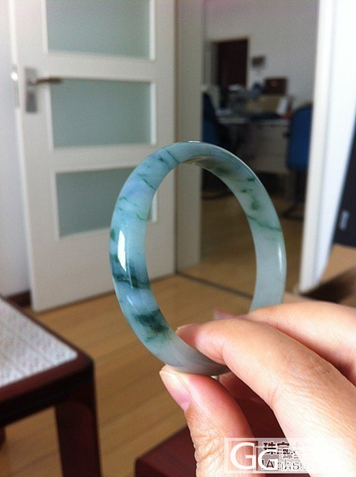 秀一个浓浓的蓝绿飘花的冰糯种手镯~_翡翠