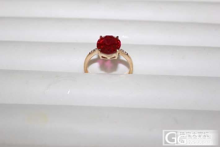 18K黄金镶嵌戒指一枚_宝石
