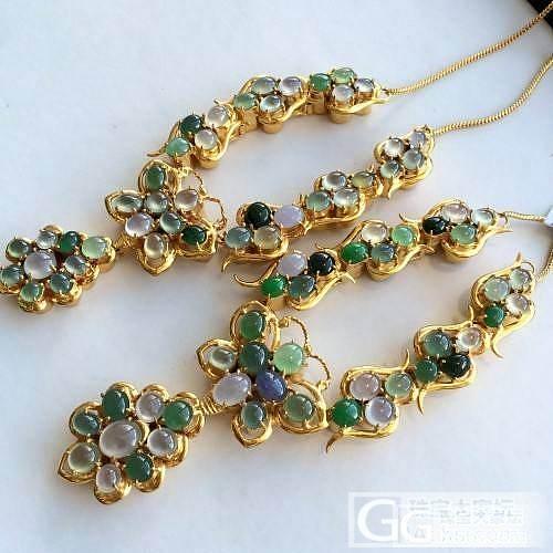 不用雕很复杂的工也能做的这么漂亮,帅爆的翡翠平安扣_珠宝