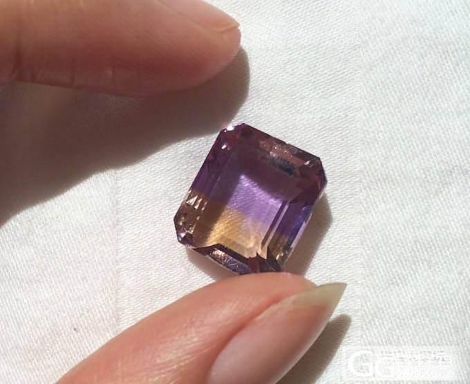我是不是买到玻璃了!买了一颗紫黄晶,..._刻面宝石