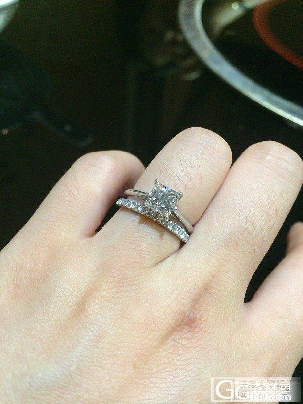 感谢大家,我的小方搭配到合适大小的排钻了_钻石