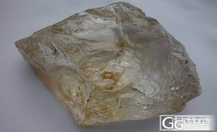 白水晶一块全净体_洞盆簇