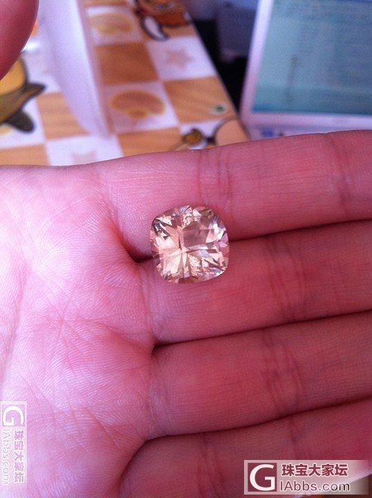 从非洲宝石商那里买了个纯天然托帕石,..._托帕石刻面宝石
