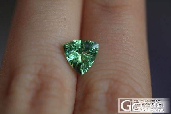 各种不同绿色的石榴石。石榴石品种真丰..._石榴石刻面宝石