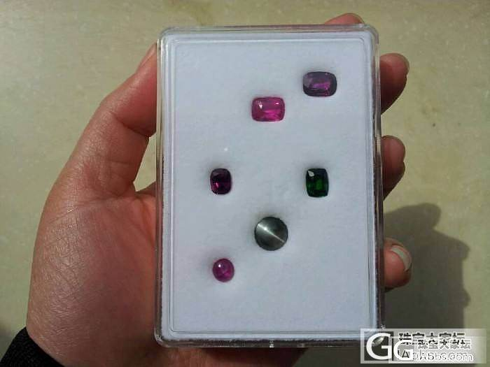 一盒小宝石_变石猫眼蓝宝石红宝石沙弗莱金绿宝石