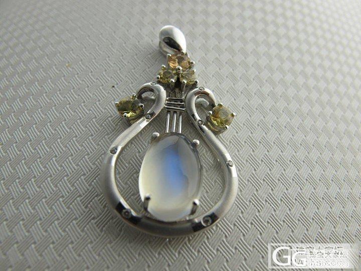 织女星 天琴座 玲珑的竖琴月光石吊坠_珠宝