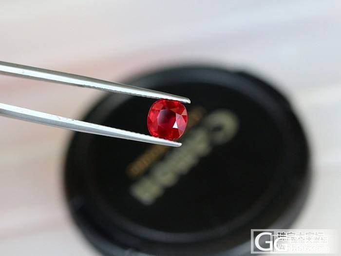 2.06克拉vivid red无烧红..._莫桑石宝石
