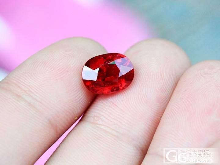 4.03克拉vivid red莫桑比..._莫桑石宝石