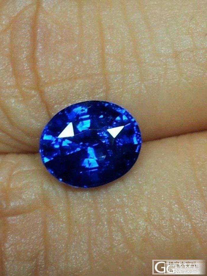 帮帮忙,大家帮我看看选哪颗蓝宝石比较..._蓝宝石