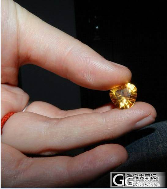 刚买的蓝托帕,附带秀个黄水晶。_托帕石刻面宝石