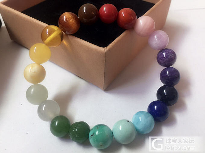 今天戴多宝手串_彩色宝石琥珀蜜蜡传统玉石多宝