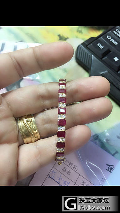 我也来晒下新的红宝石金手镯_红宝石手镯