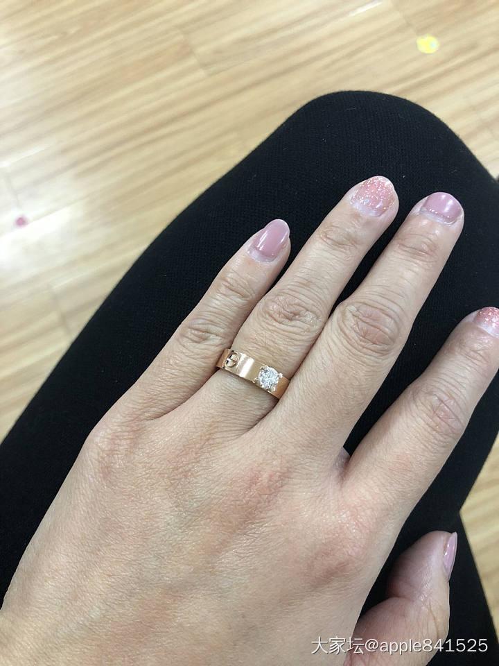 这款好看吗_钻石戒指