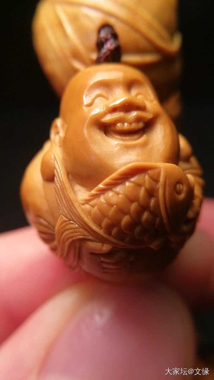我对鱼 情有独钟_传统玉石