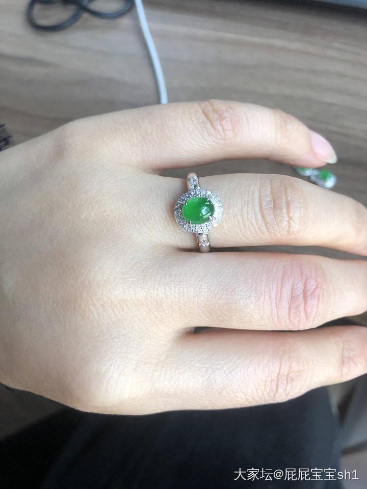 18k金钻镶豪镶冰种阳绿翡翠吊坠戒指有证书_翡翠