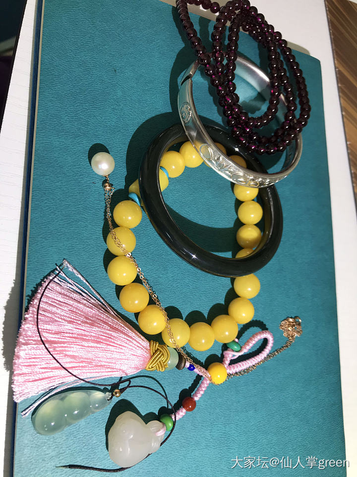 紫牙乌蜜蜡手串,藕粉莲藕,珍珠锁骨项链,和田手镯_首饰