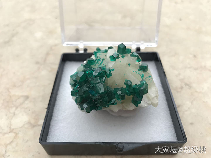 透视石_矿物标本透视石