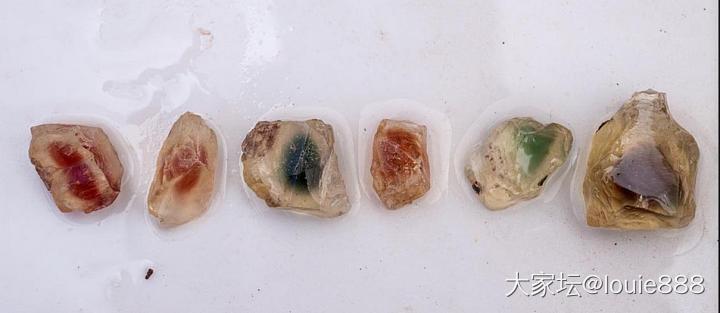 俄罗斯产的太阳石,有两种光学效应!_珠串太阳石