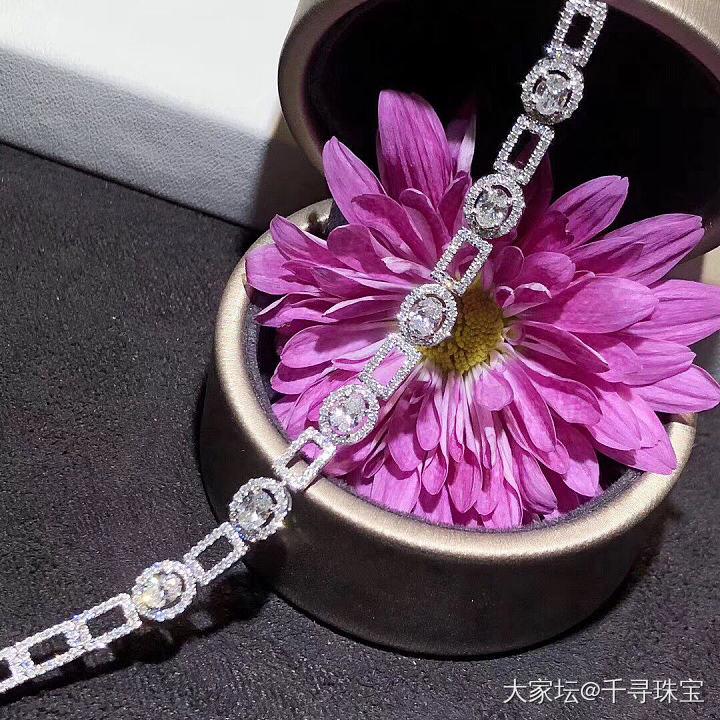椭圆钻石镂空手链_钻石千寻珠宝