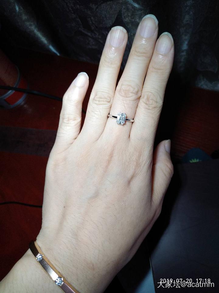 18k金钻石戒指一克拉台面大小5800_首饰
