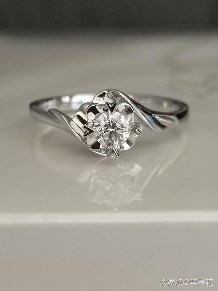 借旧贴发布宝石矿工12分~1克拉钻石项链、戒指,老凤祥钻戒,周大福铂金项链_首饰