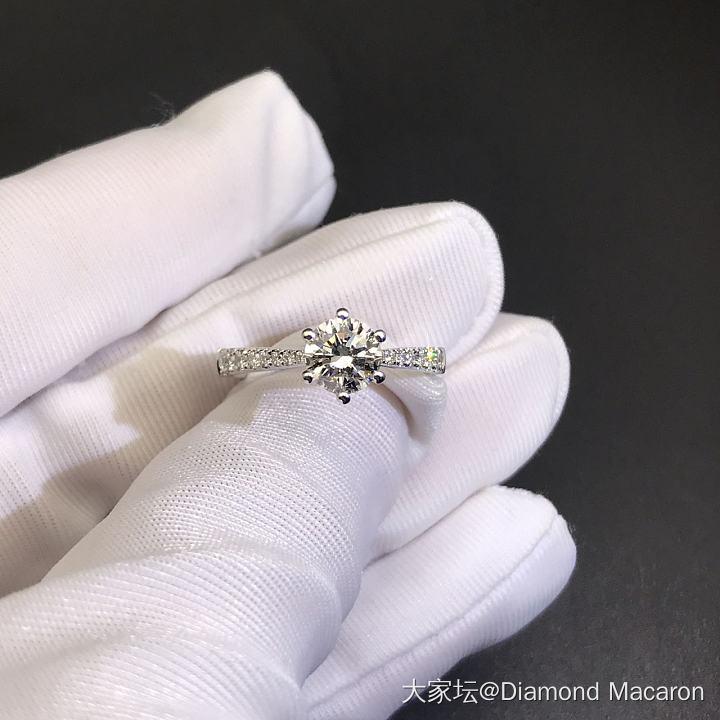 80分经典六爪钻戒,戒臂带钻和30分扭臂六爪钻戒_戒指钻石