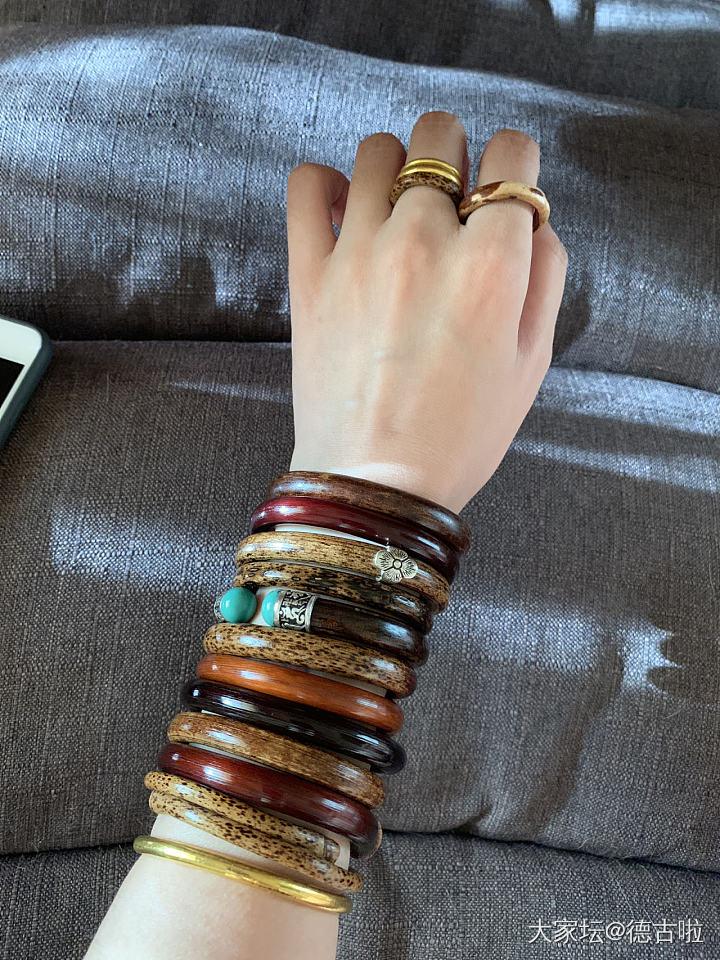 麒麟臂(蹭红包)_手镯鸡血藤