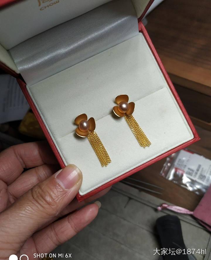 355克价出六福康乃馨,足金耳线,彩釉串珠,打包包顺丰_金