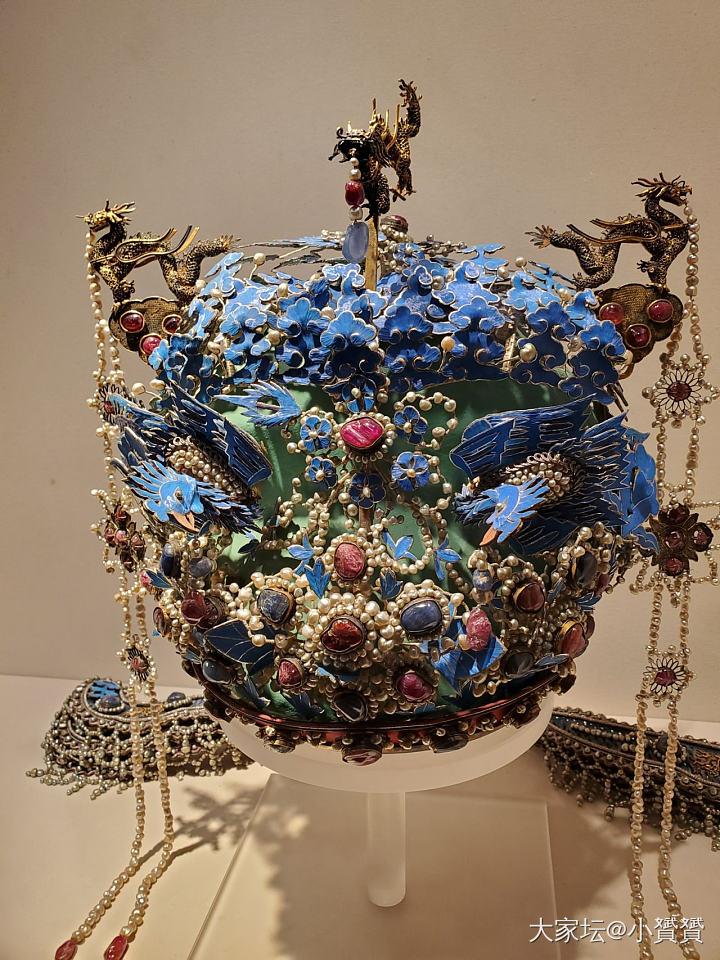 翻手机相册,看到之前的照片,故宫博物院的美物,水点经验_古董首饰金