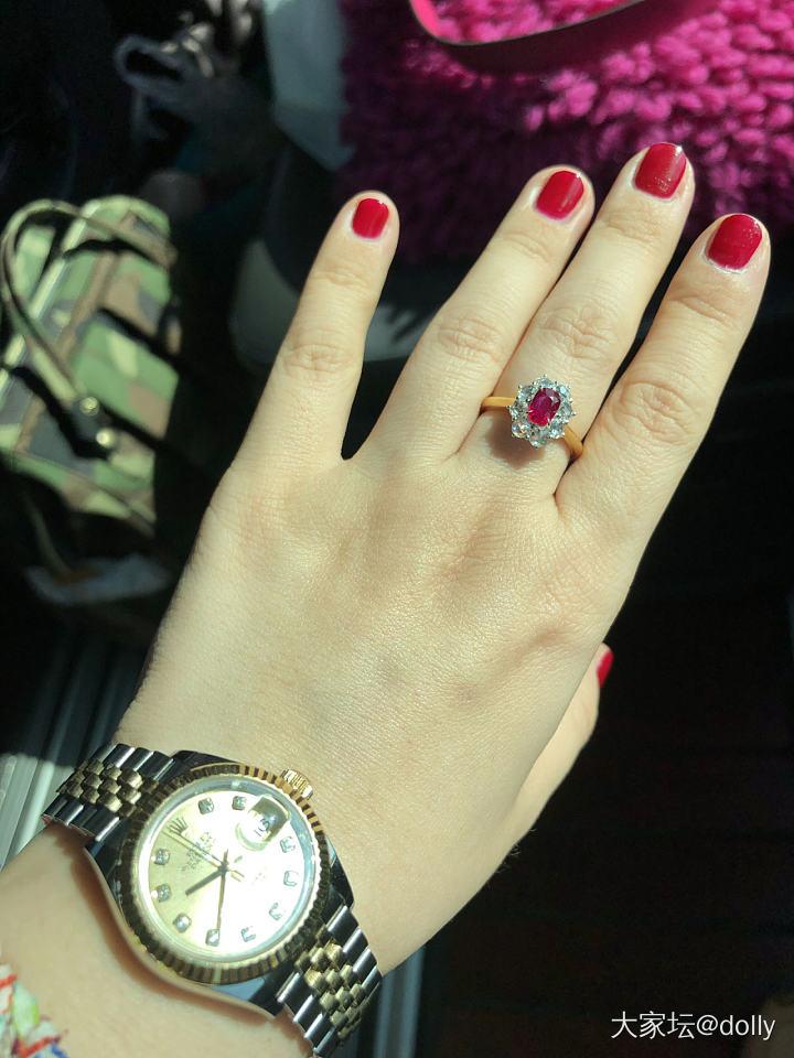 小鸽血红宝石改款回来了,第一次用玫瑰钻_戒指红宝石