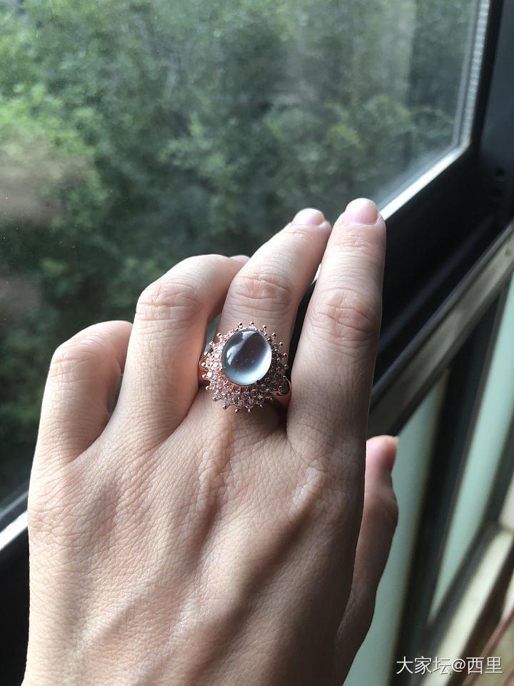 越涨越买--收了个蓝底玻璃裸蛋,顺便求镶嵌款式_戒指翡翠
