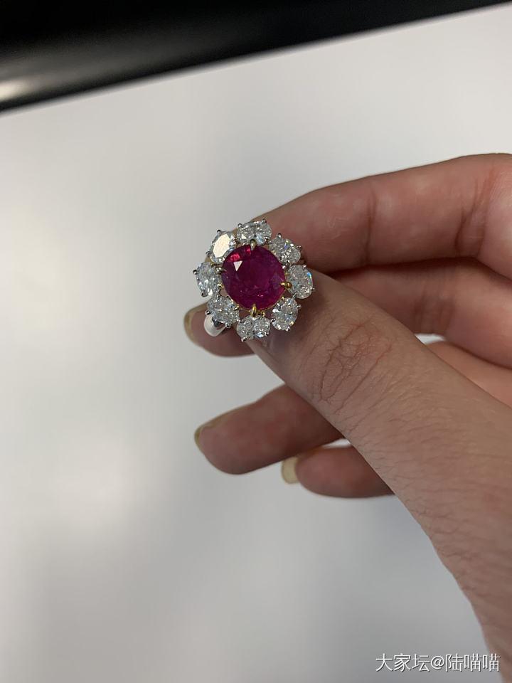 今天擼這個_戒指紅寶石