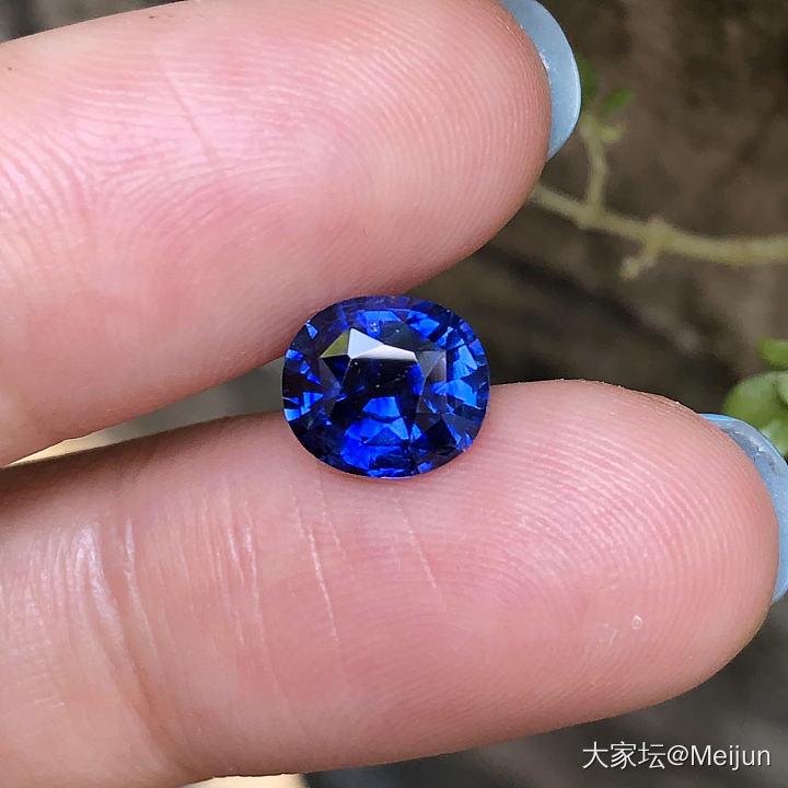 補充,還是拍不好圖,我盡力了_藍寶石