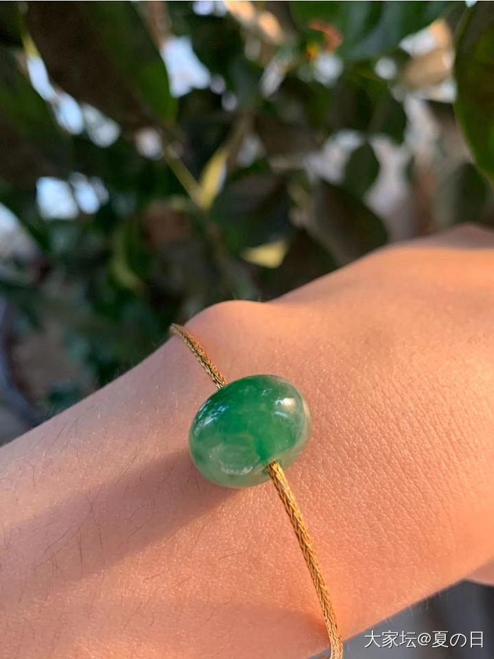 綠扣扣~_翡翠