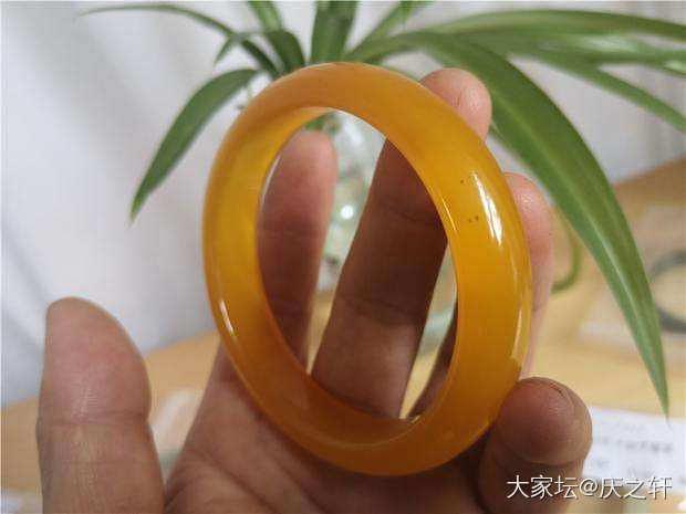 天然黄玛瑙手镯内径58毫米_和田玉