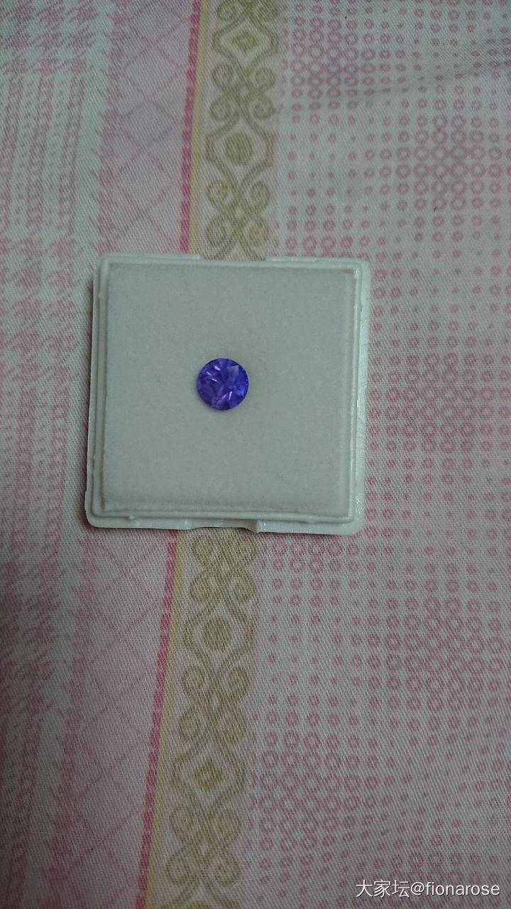 紫藍寶,不知道要不要留_藍寶石