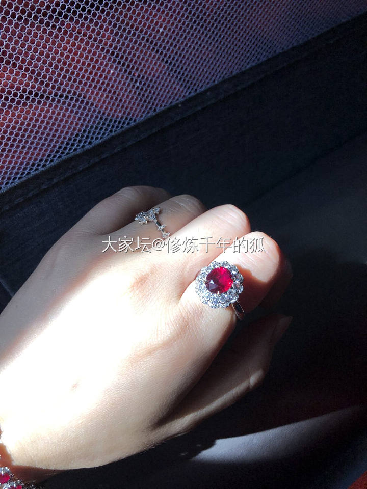 三克拉无烧鸽血红红宝石钻石两用款吊坠戒指_名贵宝石