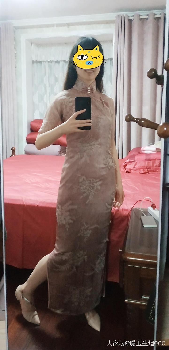出不了门,扒拉出我夏天的曳地旗袍拍了几张_穿搭