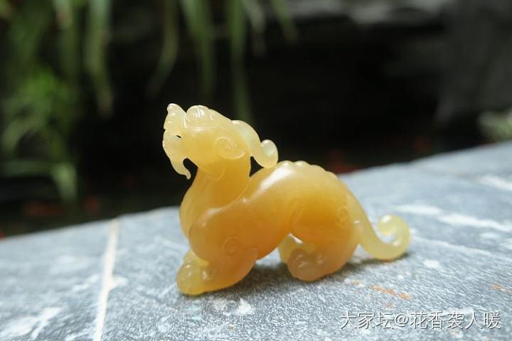 【花香袭人暖】和田玉且末糖玉貔貅瑞兽挂件小摆件_和田玉