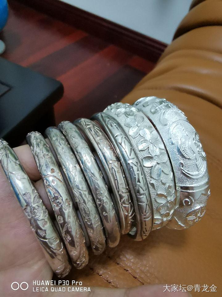 王师傅家的镯子_手镯银