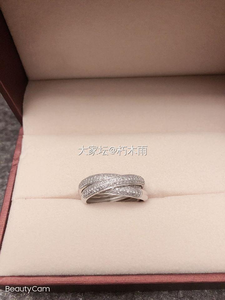 18k白金三环60分钻石戒指_首饰