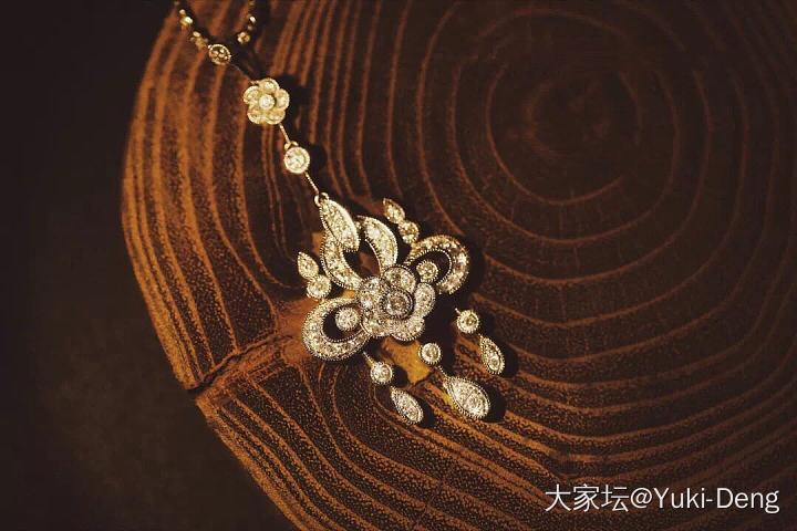 今天想买钻石项链,也想买星光项链_钻石