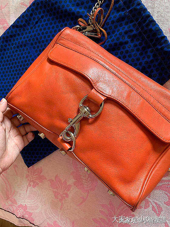 清包柜出几个包LvBB包、BV钱包、Marc燕子包_品味