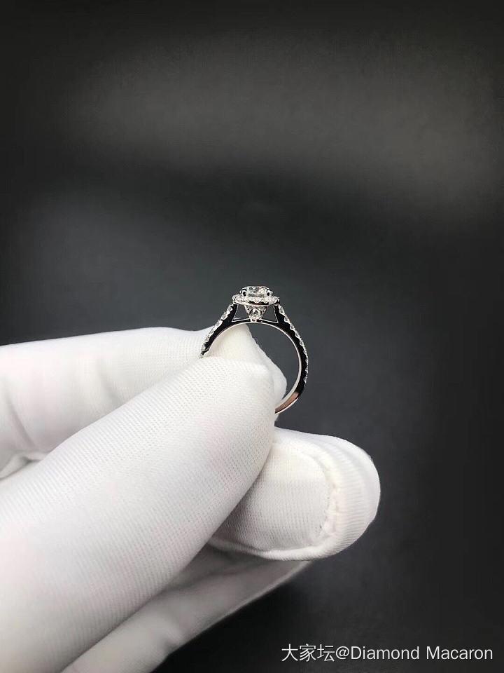 40分群镶钻戒,E,VS2_钻石