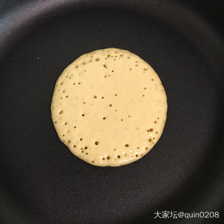 早上做的奶香玉米饼,味道和颜值都在线✌🏻_厨艺