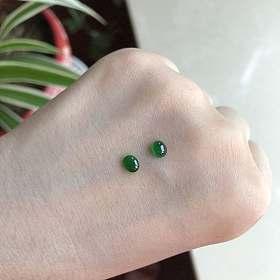 帝王绿色起荧光翡翠蛋面一对