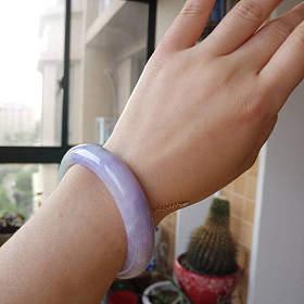 天然A货浓紫色翡翠镯子有证书