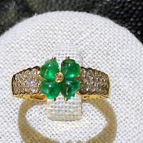 四叶草18k黄金镶嵌天然素面祖母绿戒指