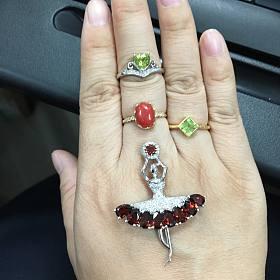 小小三价出漂亮的橄榄石戒指